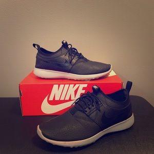 Nike Black (faux) Leather Juvenate Shoe